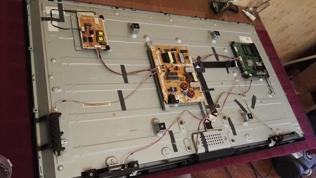 Ремонт телевизора Panasonic TX-50B6. Доработка LED драйвера TNP4G549 и ремонт подсветки.