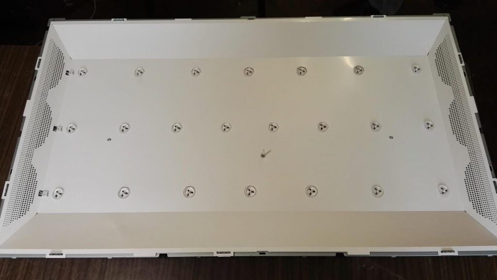 Ремонт подсветки в телевизоре LG 32LA620V