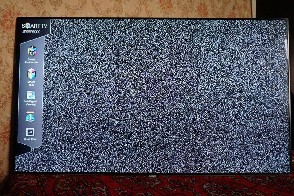 Как настроить кабельный цифровые каналы на телевизоре Samsung UE46F8000AT