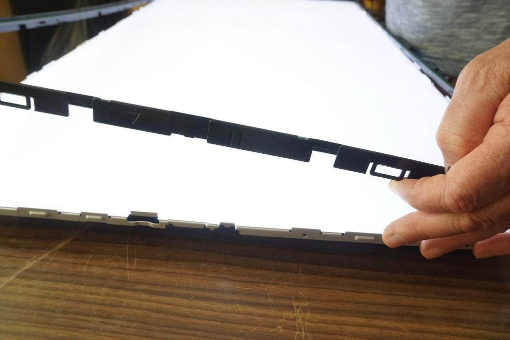 Ремонт подсветки (нет изображения) телевизора LG 42LB563V.
