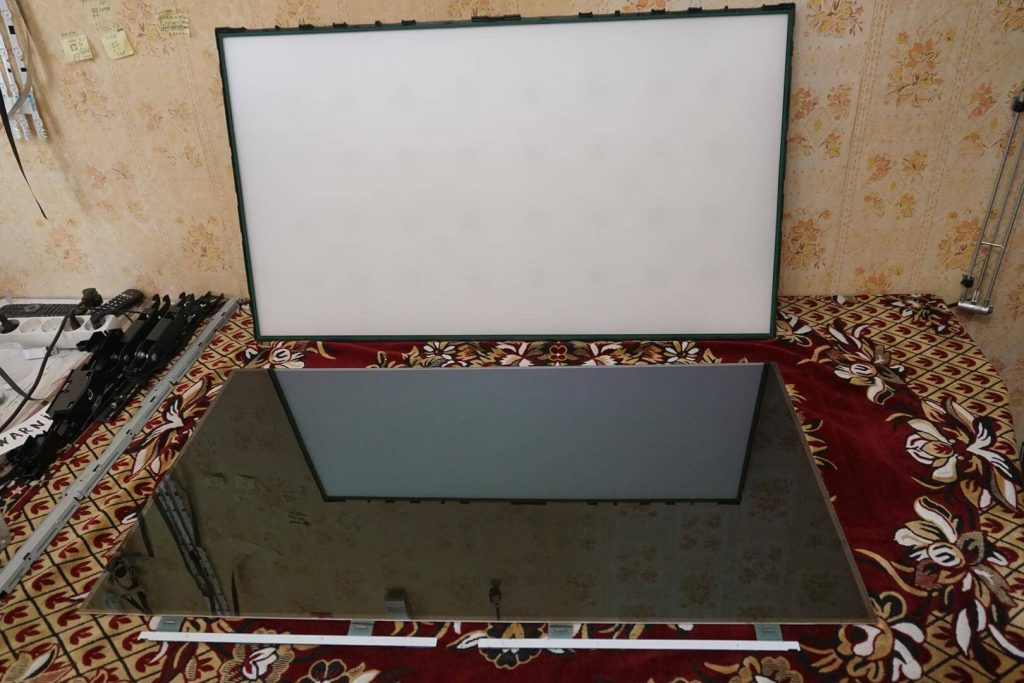 Ремонт подсветки (нет изображения) телевизора LG 42LB563V. Ограничение тока подсветки (доработка)блока питания EAX65423701 LGP3942-14PL1.